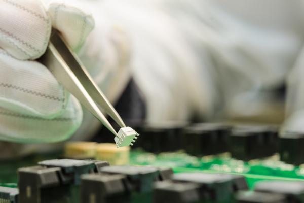 «Росэлектроника» формирует базу данных электронных компонентов