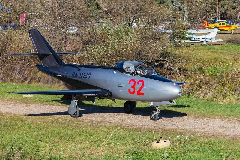 Жив, курилка! Реактивный учебно-тренировочный самолет Як-32