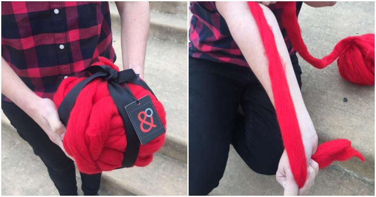 Новый тренд в рукоделии: стильный шарф в техника вязания на руках