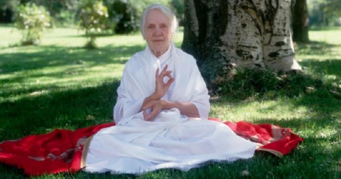 Индра Деви дожила до 103 лет…