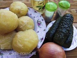 Немецкий картофельный салат с соленым огурцом: Ингредиенты