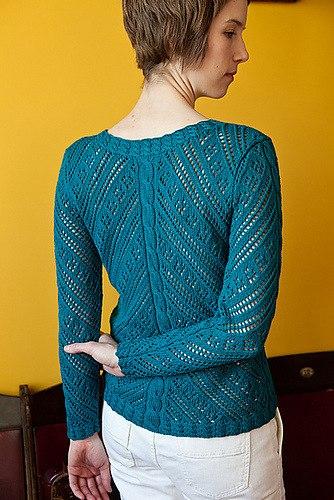Очаровательный летний пуловер