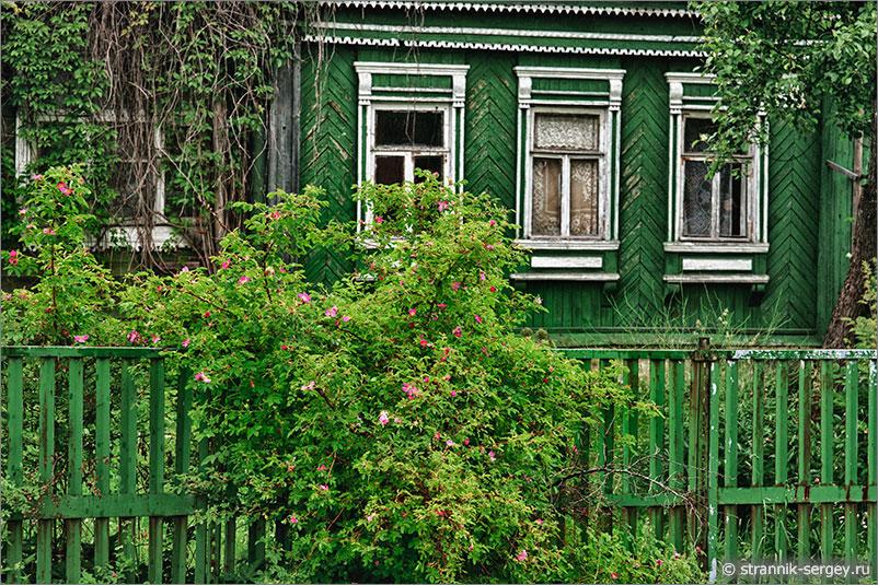Русская природа - деревенский дом
