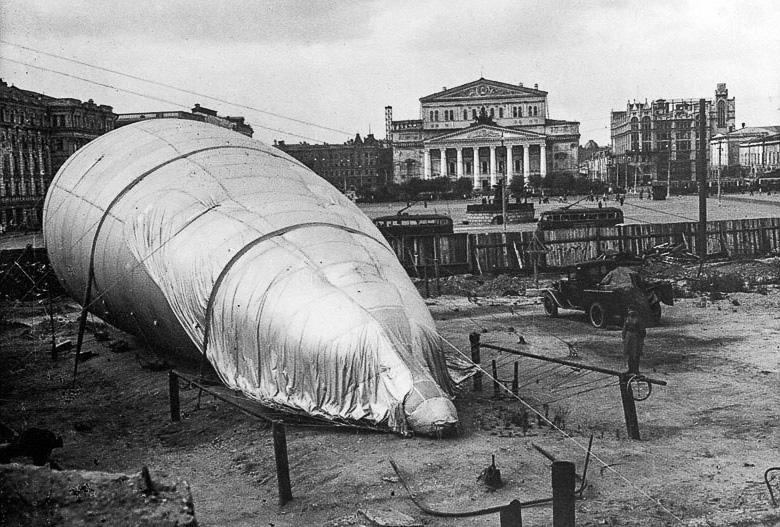 Чем и как жила   Москва 1942 года