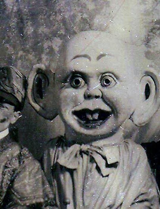 """""""Давай поиграем!"""" - жуткие куклы, с которыми играли наши прабабушки"""