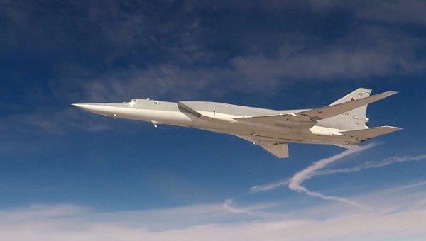 Бомбардировщик Ту-22М3 сможе…