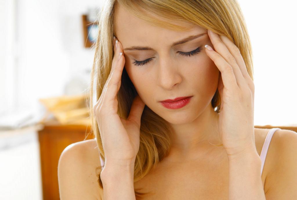 Почему болит голова,когда меняется погода