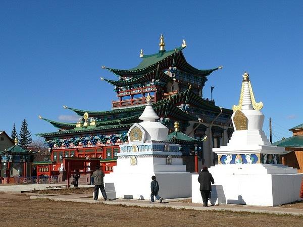 """В России празднуют не только """"китайский новый год"""" - отмечают и """"Белый месяц"""""""