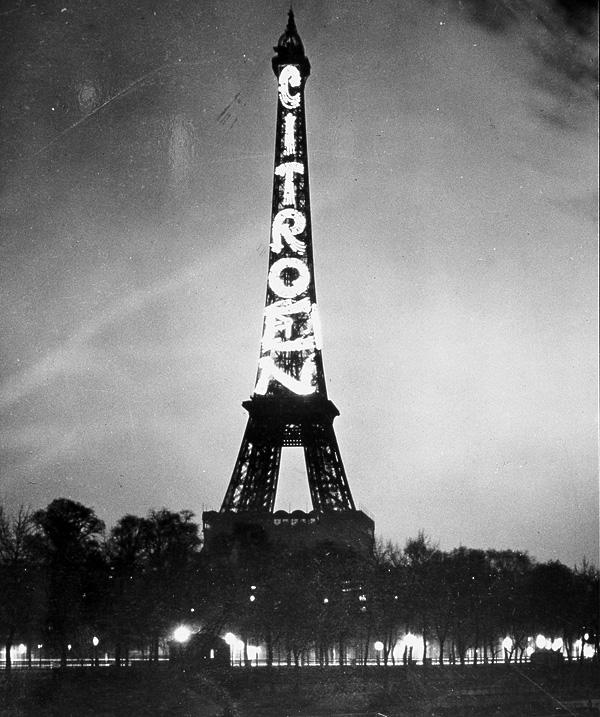 0811 10 фактов об Эйфелевой башне