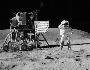 Найдено новое доказательство фальсификации высадки США на Луну