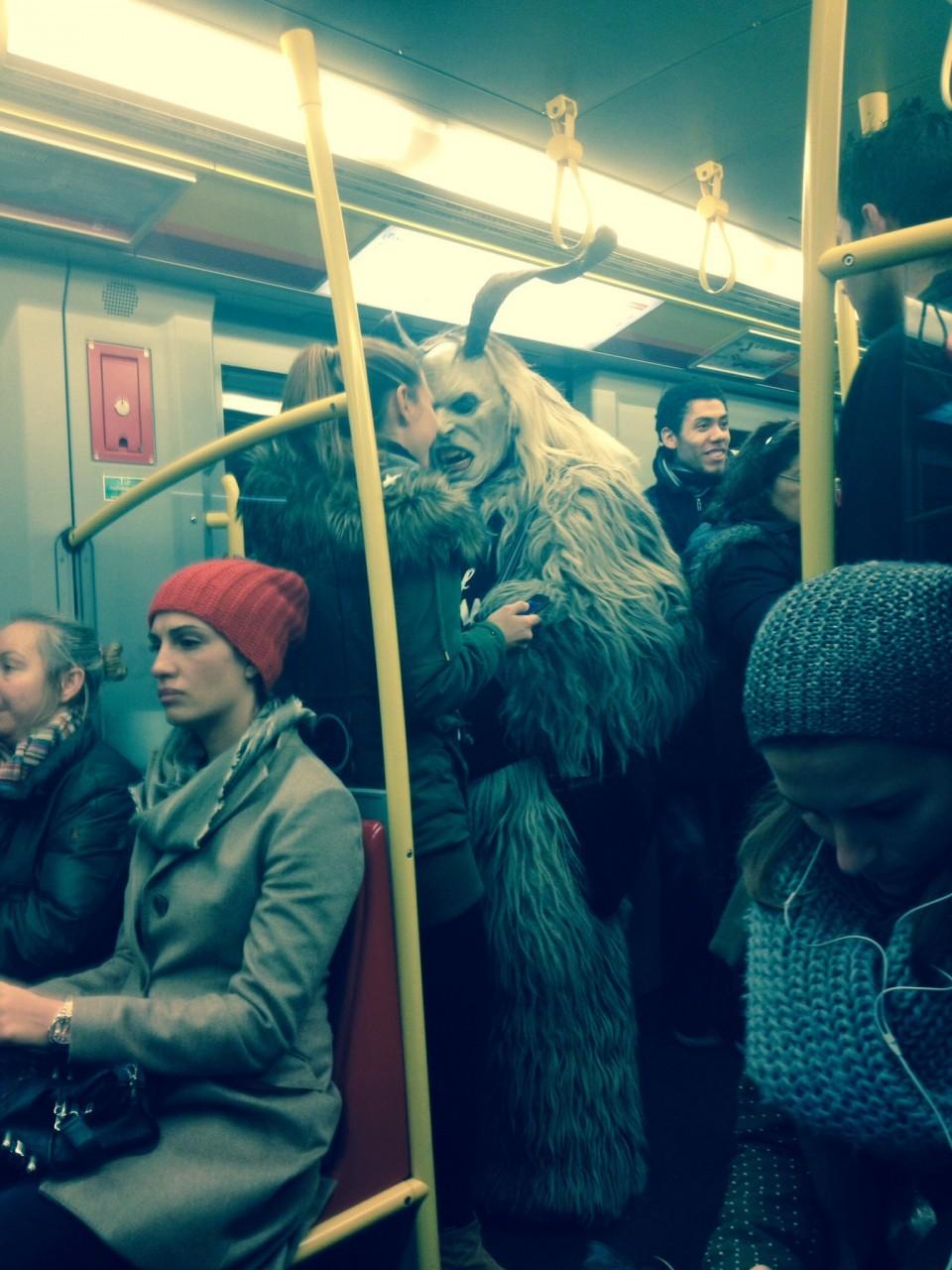 Прижимки в автобусе фото 26 фотография