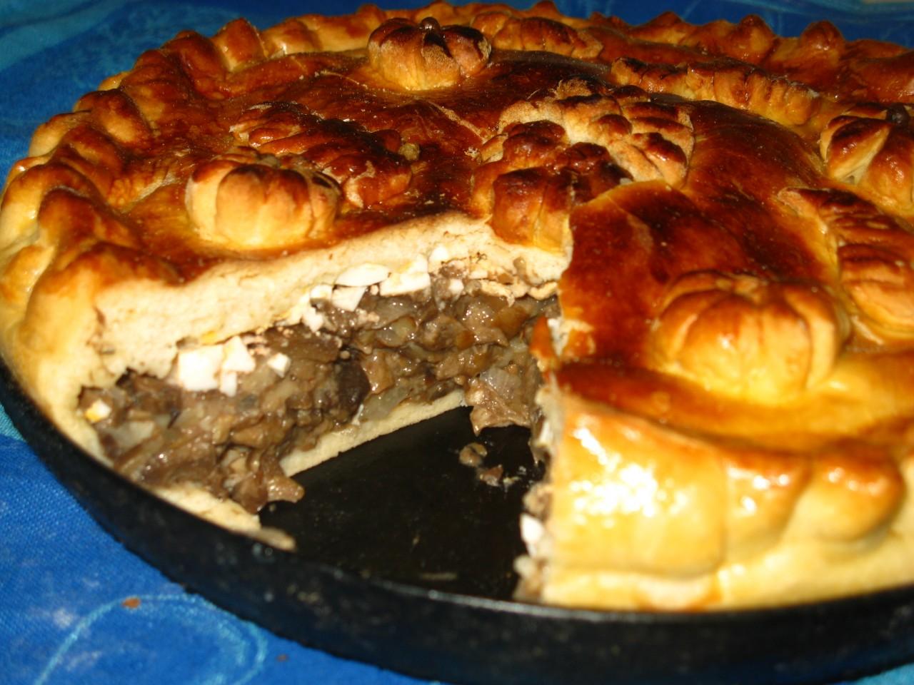 Пирог с грибами из дрожжевого теста рецепт