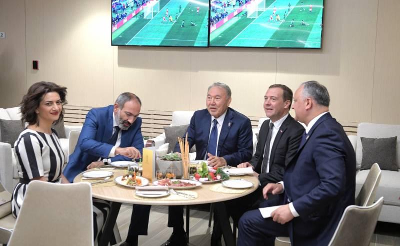 Армянский гол в свои ворота