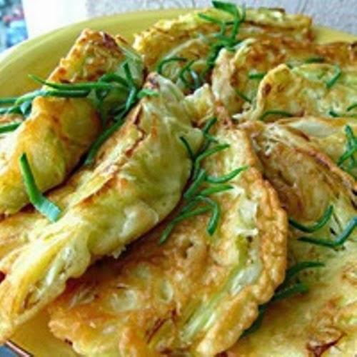 Капустные листья с начинкой - вкусно, быстро и недорого