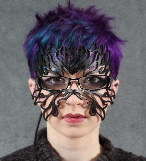 маски из кожи