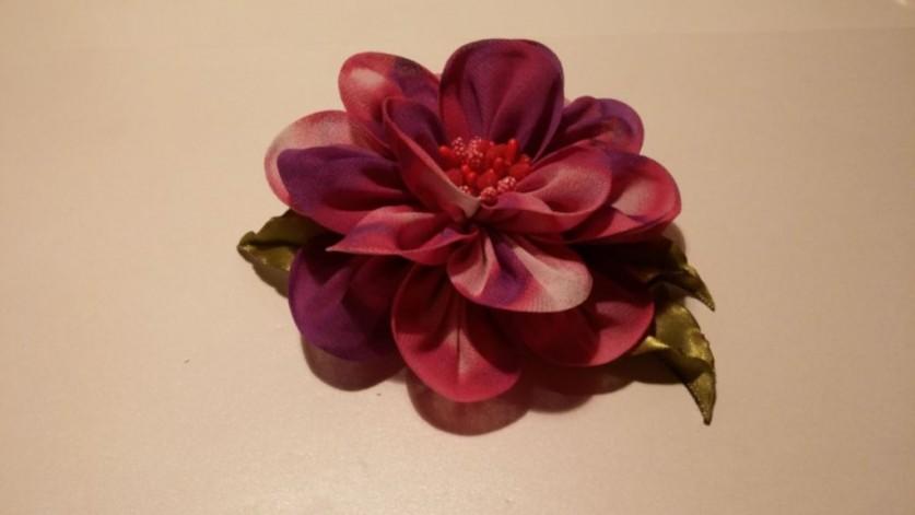 Цветок из шифона по оригинальной технике. Видео
