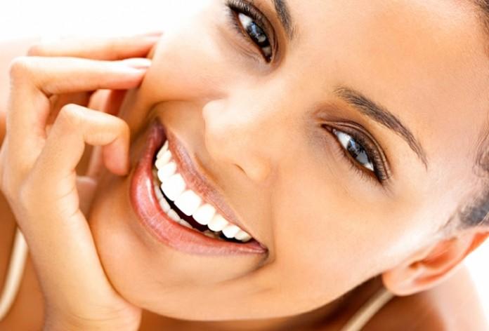 Как удалить зубной налёт лучше, чем у стоматолога?