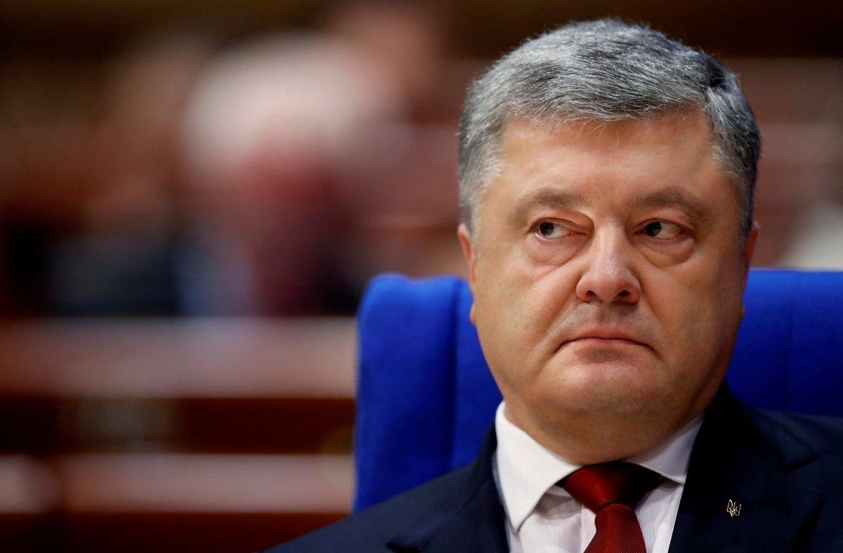 «Порошенко в США уже никому не нужен»: президент Украины стал токсичной фигурой