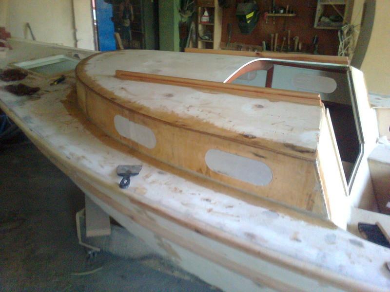 как сделать маленькую парусную лодку