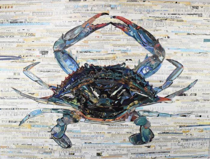 В своих работах художница использует множество цветов и различную по фактуре бумагу.