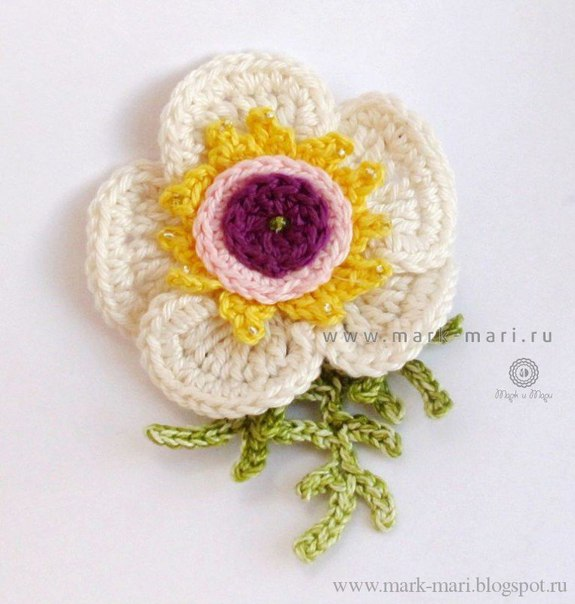 Цветы вязанные крючком со схемами и описанием
