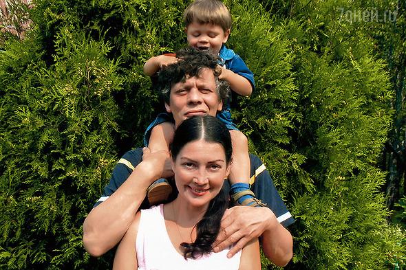 Елена Костина  с мужем и сыном