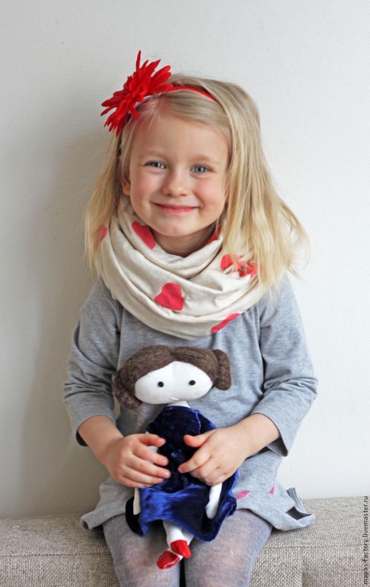 Делаем подарок маме — шарф с помощью штампов