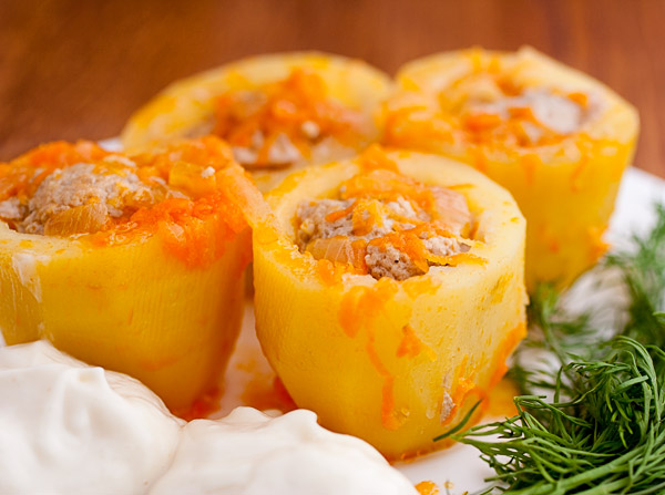 Обалденная фаршированная мясом картошка с подливой. Лучшее блюдо из картошки