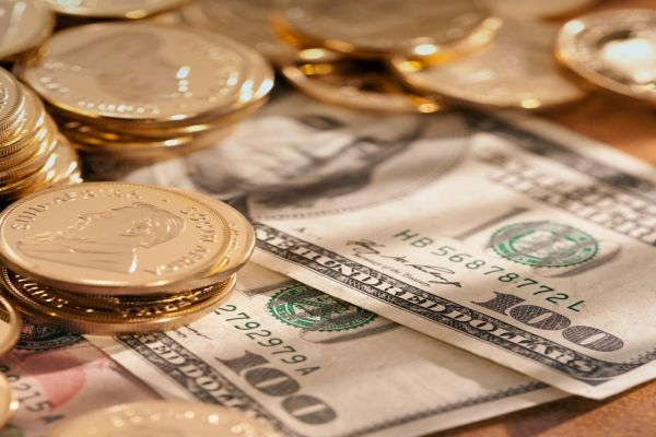 Курс доллара и евро на 10.04.2015 по данным ЦБ РФ