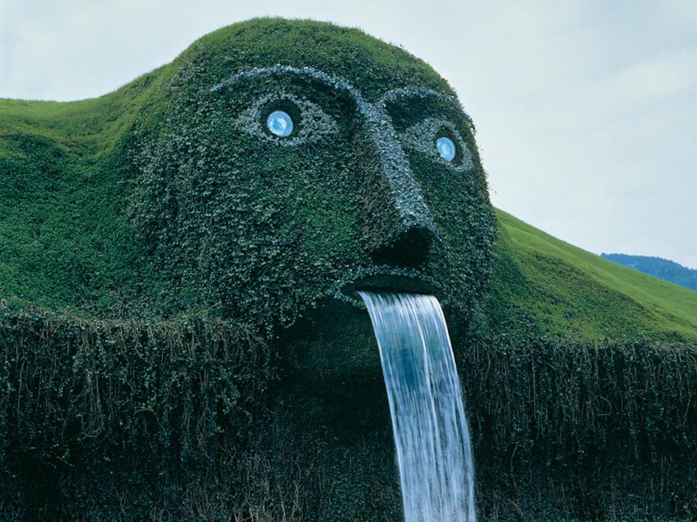 3. Фонтан в музее Сваровски, Инсбрук, Австрия. люди, мир, удивительные фотографии