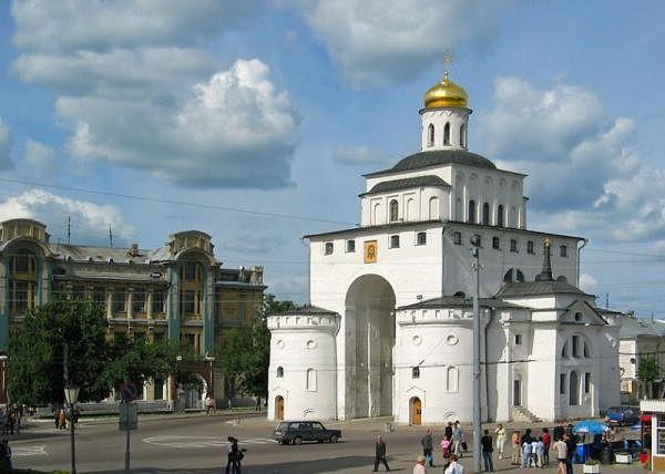 Золотые Ворота памятники, церкви