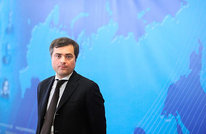 Западные журналисты обратили внимание на статью Суркова