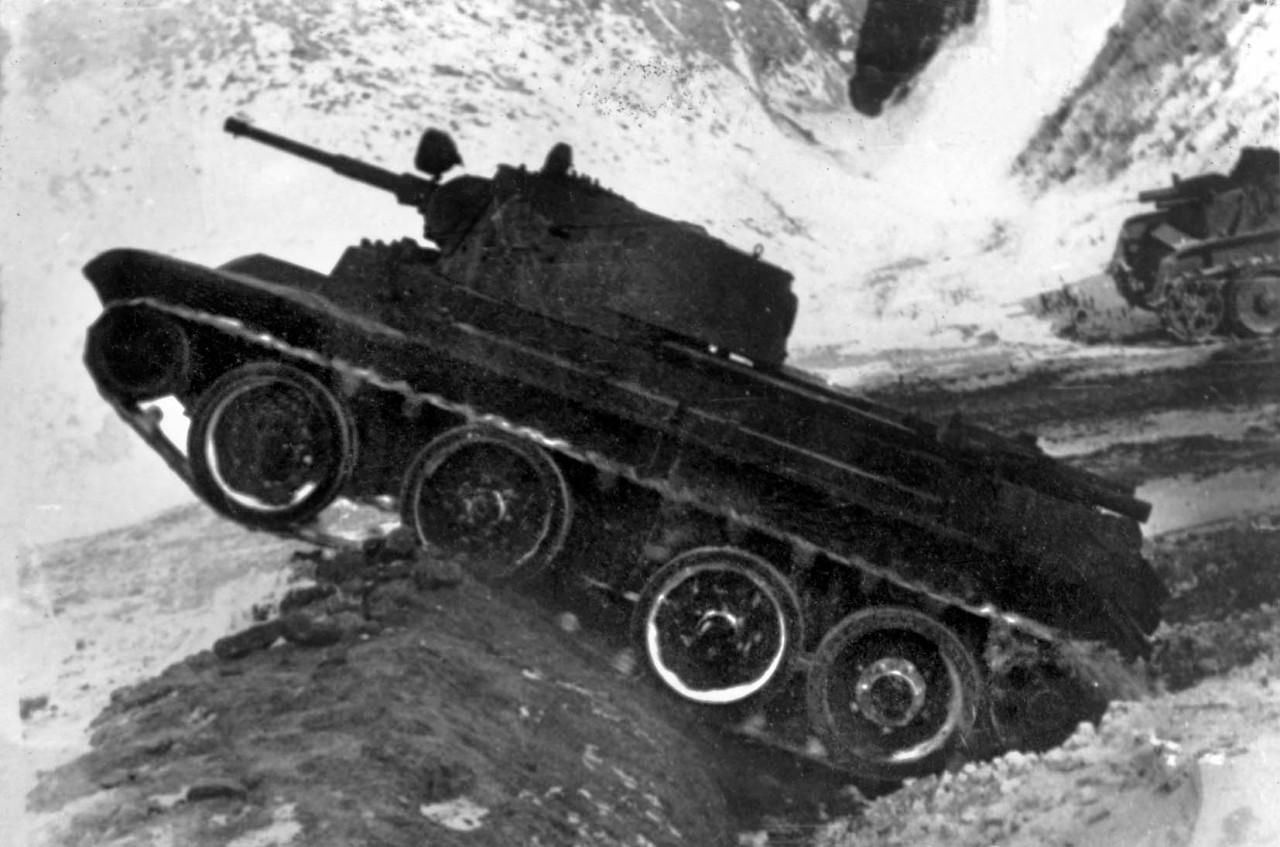 Ослушались командира и...спасли танк: начало войны 1941г.