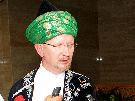 Директор Центра исследований Корана в РТ потребовал от Макаревича извинений за оскорбительные высказывания о русских и татарах