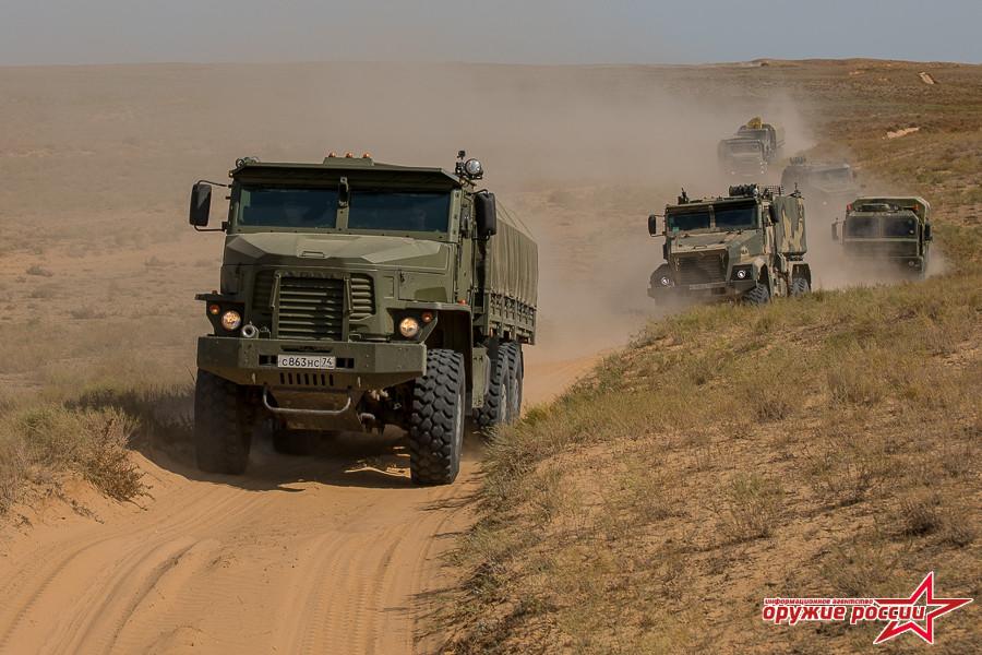 Экспедиция перспективной техники для Министерства обороны России в пустыне