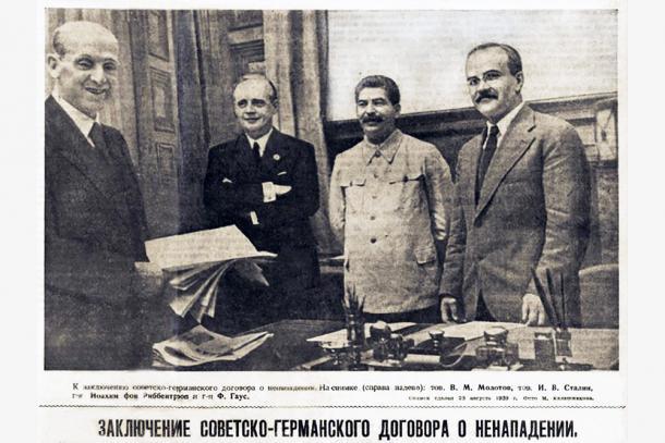 Горячее лето 1939-го. Как ковался пакт Молотова-Риббентропа (лаконично и по делу)