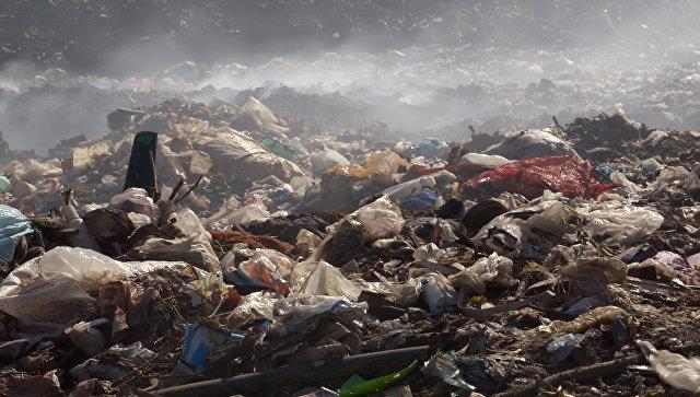 Киев на грани ЧС из-за мусорной свалки выстой 90 м