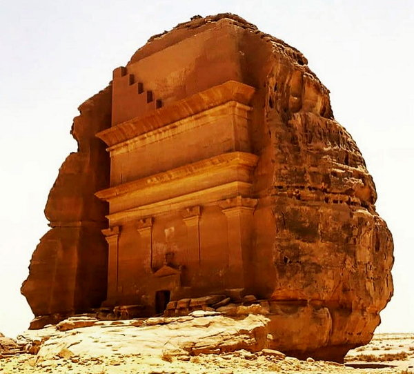 Вечные гробницы и памятники …
