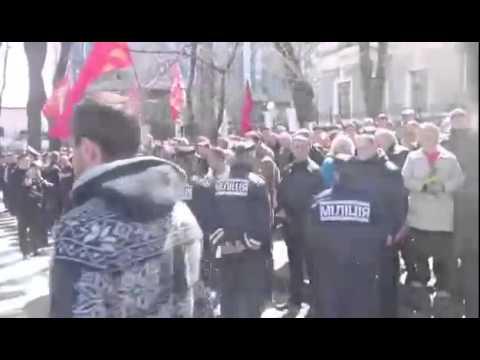 Копия видео Порошенко приехал на Аллею Славы