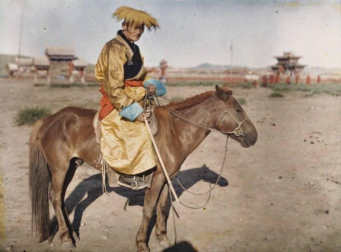 Чем питались орды монголо-татар и их лошади?