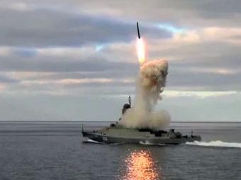 «Калибрами» с моря, Х-101 с воздуха – новые удары России по ИГИЛ