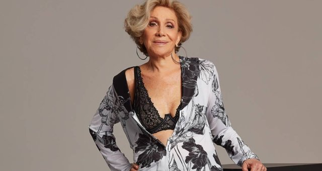 x80259720_ELA-A-estilista-Helena-Schargel-esta-lancando-uma-colecao-de-lingerie-60-Foto-de-divulgaca