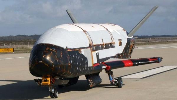 Boeing-X-37B-2