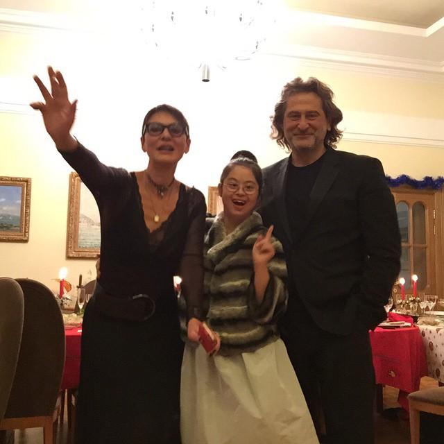 Ирина сдочкой отмечают Новый год