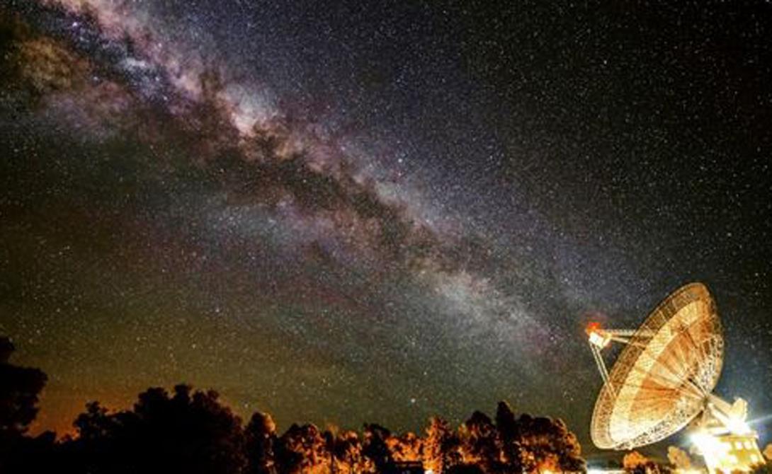 Время и расстояние До ближайшей после Солнца звезды, Проксима Центавра, Helios 2 будет лететь целых 18 000 лет. А это, на минуточку, самый современный космический корабль человечества. Расстояния во Вселенной слишком огромны, чтобы рассчитывать на межзвездных гостей.