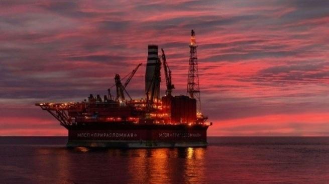 Индия инвестирует в добычу нефти и газа на арктическом побережье России