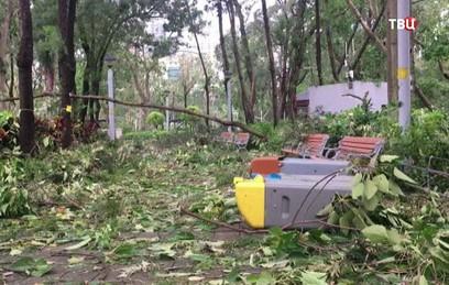 """Мощный тайфун """"Мангхут"""" добрался до Китая"""