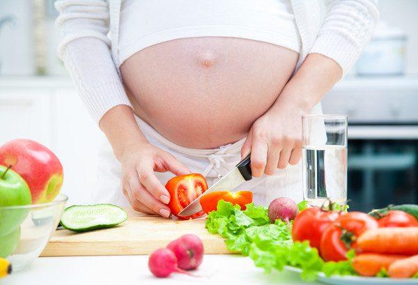 5 продуктов, которые нежелательно употреблять беременным