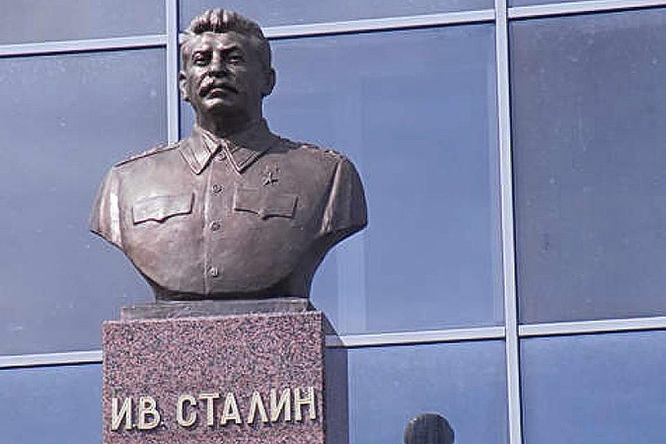 Новый памятник Сталину: культ личности возвращается?
