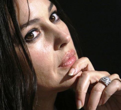 Что Моника Белуччи поняла после развода с Венсаном Касселем:  «Одинокая женщина — свободная женщина»